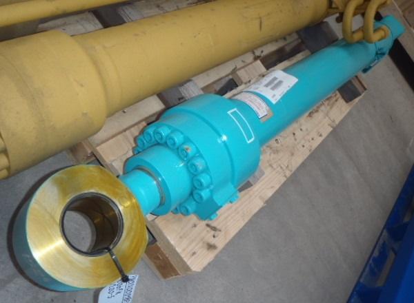 Гидроцилиндры для экскаваторов Kobelco (Кобелко)